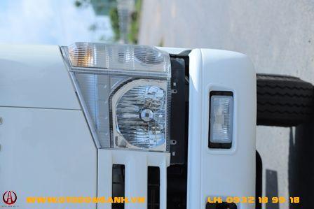 đèn pha xe tải isuzu qhr650